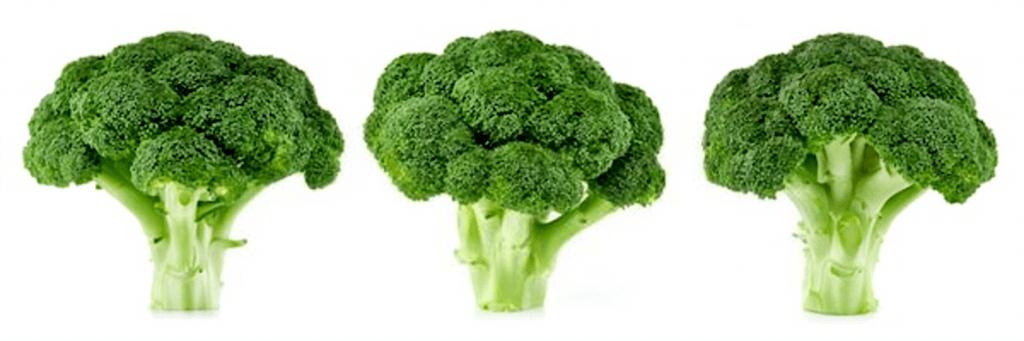 En esta imagen aparecen tres brocolis