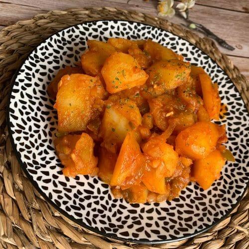 En esta imagen encontramos una receta de patatas chorizdas sin chorizo