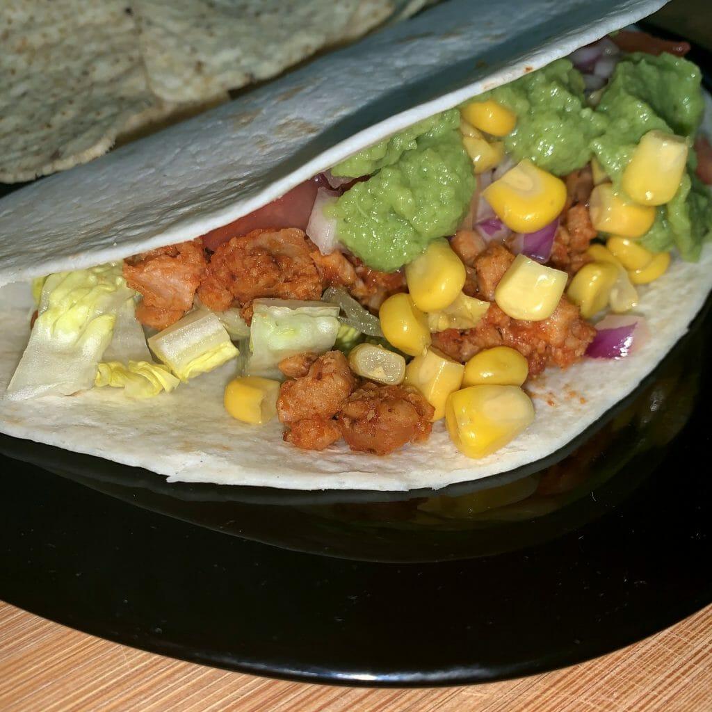En esta imagen aparece un taco mexicano vegano