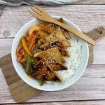 En esta imagen aparece un plato de tofu con especias